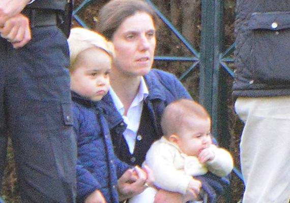 Legfrissebb fotóján látszik, hogy mennyit nőtt már Charlotte. A képen dadájával, Maria Borrallóval és bátyjával, György herceggel látható.