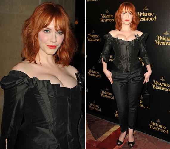 Időnként nadrágot is húz: 2011 márciusában Vivienne Westwood Los Angelesben, a Melrose-on nyitott üzletének megnyitóján természetesen a híres tervező kreációját viselte.