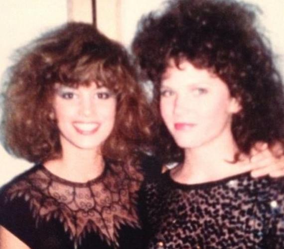 Cindy Crawford is hódolt a '80-as évek divatjának.