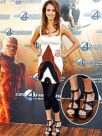 Jessica Alba divatöngyilkossága