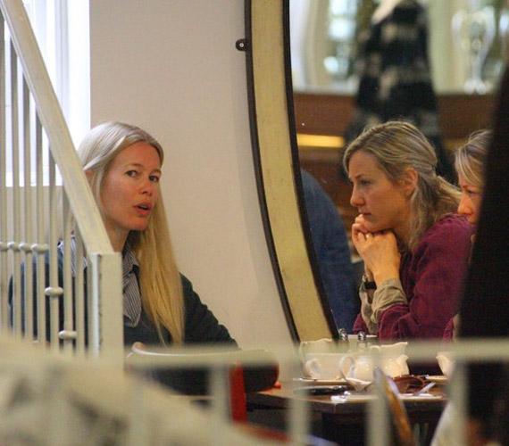 A 41 éves Claudia Schifferről a közelmúltban került elő néhány olyan fotó, melyeken semmi sminket nem visel.