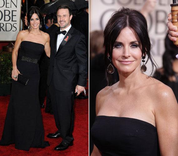 Kedveli a sötét színeket, a 2010-es Golden Globe-gálán is feketében jelent meg, akkor még férjével, David Arquett-tel. A színészpár 2010 októberében jelentette be, hogy külön folytatják életüket.