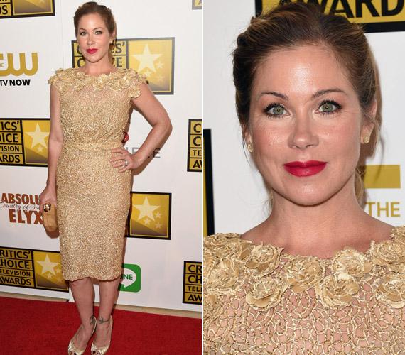 Christina Applegate egy aranyMikael D ruhában hívta fel magára a figyelmet.