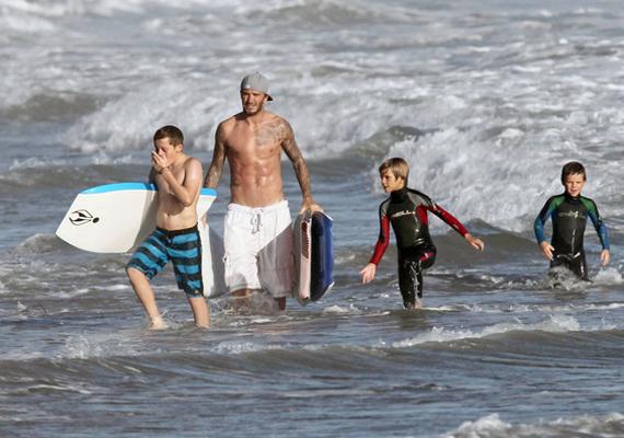 A híres apuka jó kijön a fiaival, és két meccs között akár szörfözni is megtanítja őket. Kislánya, Harper Seven 2011 júliusában látta meg a napvilágot.