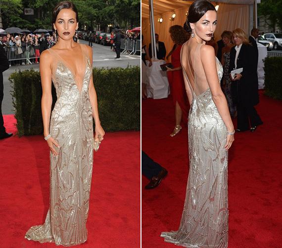 A fiatal színésznő, Camilla Belle Ralph Lauren estélyi ruhája is hasonlóan merész szabású volt, mégis több eleganciát sugárzott.