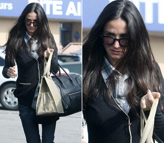 A színésznőt Hollywood utcáin kapták lencsevégre - ezen a fotón is látszik, hogy az egykor bombázó színésznő ma már ijesztően sovány.