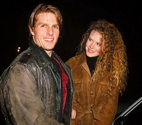 Íme, egy másik híres, ám az előzővel ellentétben máig emlékezetes szerelem, amely Tom Cruise és Nicole Kidman között lángolt másfél évtizeddel ezelőtt. A pár 1990-től 2001-ig élt együtt, két gyermeket fogadtak örökbe. Az itt látható kép 1991-ben készült, hogy megörökítse Kidman dús, dauerolt fürtjeit.