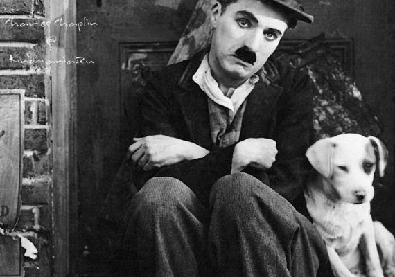 - Miért ne? Hozzá tartozik - válaszolta a halálos ágyán az akkor 88 éves, súlyos beteg Charlie Chaplin a papnak, aki éppen azért imádkozott, hogy az úr megkönyörüljön a színész lelkén.