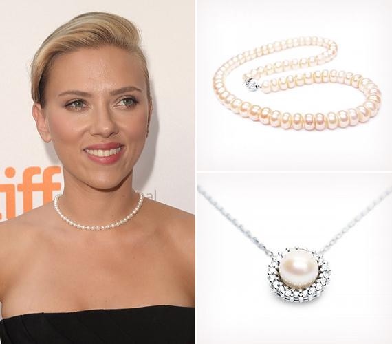 Scarlett Johansson is kedveli a nemes, de egyszerű ékszereket, mint amilyen ez a klasszikus gyöngysor, amely mindenhez passzol, és azonnal hipernőiessé teszi a legegyszerűbb ruhácskát is.                         Meseszép, igazgyöngyből készült ékszerekért kattints ide!
