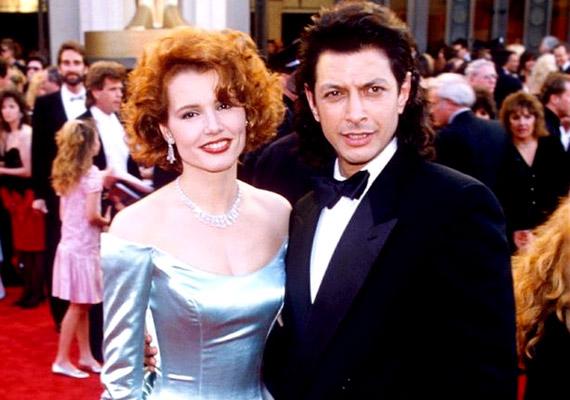 Jeff Goldblum az 1986-os A légy című film forgatásán ismerte meg Geena Davist, akivel két további filmben is főszerepet kaptak. Hollywood két szép égimeszelője '87-ben oltár elé is állt, ám végül házasságuk csak három évig tartott.