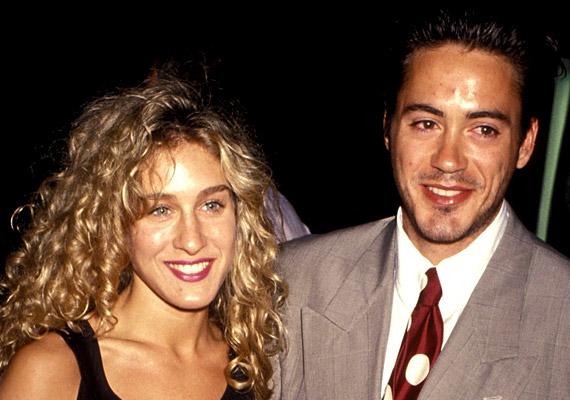 Robert Downey Jr. még éppen csak belépett balhés, kábítószerfüggő korszakába, amikor Sarah Jessica Parkerrel alkottak egy párt a '80-as években. Hét évig tartó kapcsolatuk '91-ben ért véget a színész alkohol- és drogproblémái miatt.