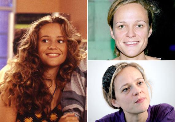 Justine, vagyis Camille Raymond a sorozatban és ma. Most 39 éves. 1981-ben állt először kamerák elé, több ifjúsági - Első csók, Második csók, Helene és a fiúk -, valamint a felnőtt közönségnek szánt sorozatban és filmben - például Amíg lesznek nők - is szerepelt, és még ma is aktív: 2013-ban kezdte a Kalandos nyár - Párizs tévésorozat forgatását.