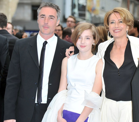 A Golden Globe- és Oscar-díjas sztár és férje ritkán engednek bepillantást családi életükbe, csak néhány premier alkalmával készíthetnek a fotósok róluk közös felvételeket.