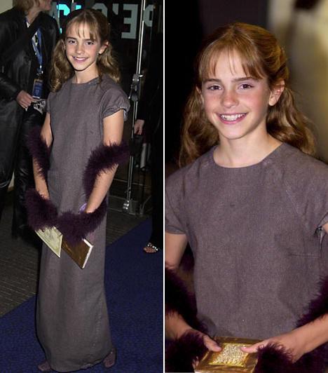 Az első próbálkozás                         Emma Watson mindössze 11 éves volt, amikor 2001 novemberében tiszteletét tette a Harry Potter és a bölcsek köve londoni premierjén. Ám a gyereksztár már itt is igyekezett nőiesnek látszani, bár ízlése közel sem volt kifinomult: hosszú, szürke estélyijéhez bíbor boát és levendulaszínű kígyóbőr-csizmát választott kiegészítőnek.                         Kapcsolódó cikk:                         Sportos kiscsaj és vérbeli díva! Fotókon Emma Watson átváltozása »