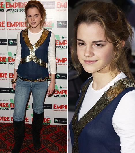Az örök farmer                         Hermione megszemélyesítője természetesen farmerba is előszeretettel bújik, még egy olyan rangos filmfesztivál alkalmával is, mint az Empire Awards. Ezen a 2005-ös rendezvényen térdig érő csizmával és egy flitteres felsőrésszel egészítette ki szerelését.                         Kapcsolódó cikk:                         Kitűnt a tömegből! Emma Watsont dögös fekete csipkecsodában fotózták »