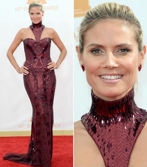 Heidi Klum                         Most sem hazudtolta meg magát az egykori modell, Versace ruhában vonult a vörös szőnyegen.