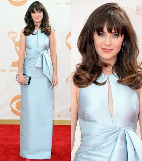 Zooey Deschanel                         A New Girl sorozat sztárja egy pasztelkék J Mendel ruhát választott.