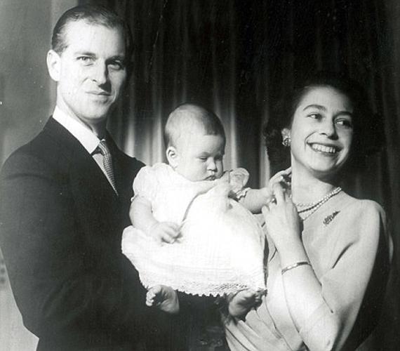A hat hónapos Károly herceggel 1949 áprilisában.