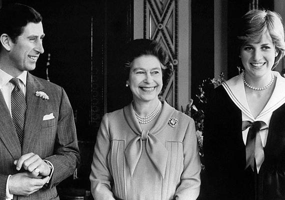 1981-ben a királynő boldog mosollyal az arcán fogadta fia, Károly herceg és Lady Diana eljegyzését. Állítólag kezdetben nagyon kedvelte leendő menyét, ennek többször hangot is adott.