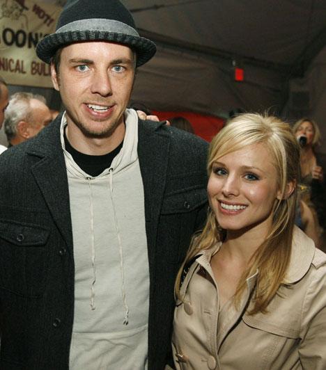 Kristen BellAz amerikai színésznő 2007-ben kezdett el randizni színész kollégájával, Dax Sheparddel, aki 2010 januárjában jegyezte el, az esküvővel azonban egészen 2013. október 17-ig vártak. Az év márciusában kislányuk is született.