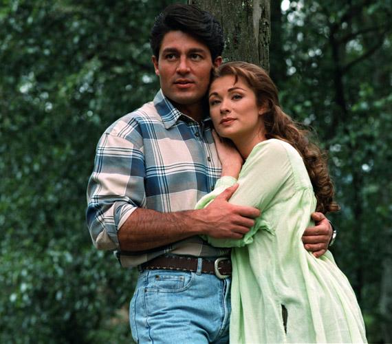 A legtöbben bizonyára így emlékeznek rá. Esmeralda szerelmét Fernando Colunga játszotta.
