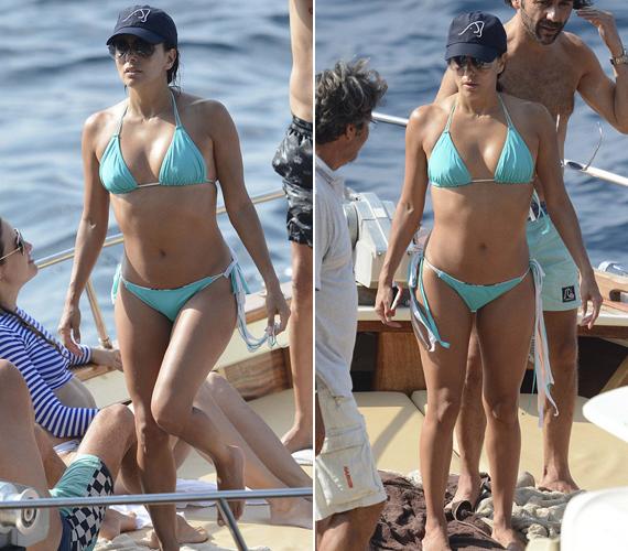 Szemből már azok az apró bőregyenetlenségek sem látszanak, Eva Longoria feszes és gyönyörű. Ki ne szeretne rá hasonlítani 40 évesen?