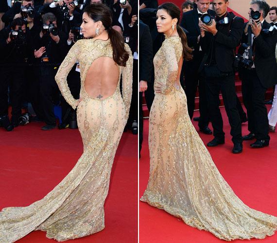 Az uszályos, hímzett, csillogó ruha amilyen zárt volt elöl, olyan sokat engedett látni hátulról: nemcsak a színésznő hátát, de még mindig formás fenekét is megmutatta.