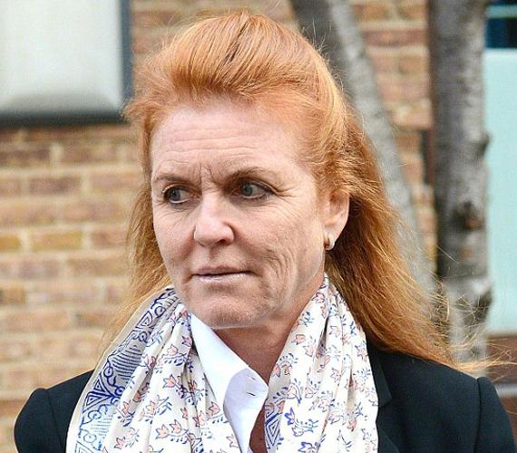 Bár csak 54 éves, arca nem erről árulkodik.