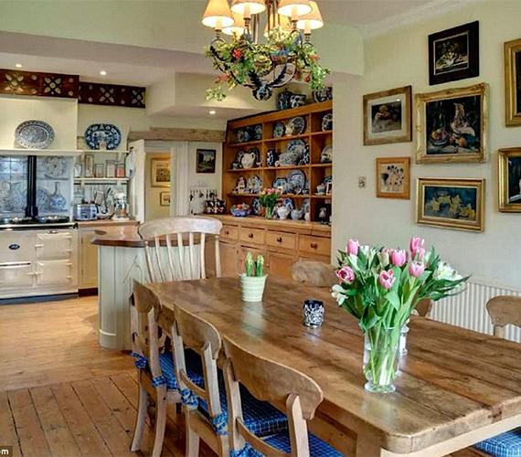 A színésznő elmondása szerint mindig a konyha volt a központi helyszín, itt zajlottak a nagy családi ebédek.