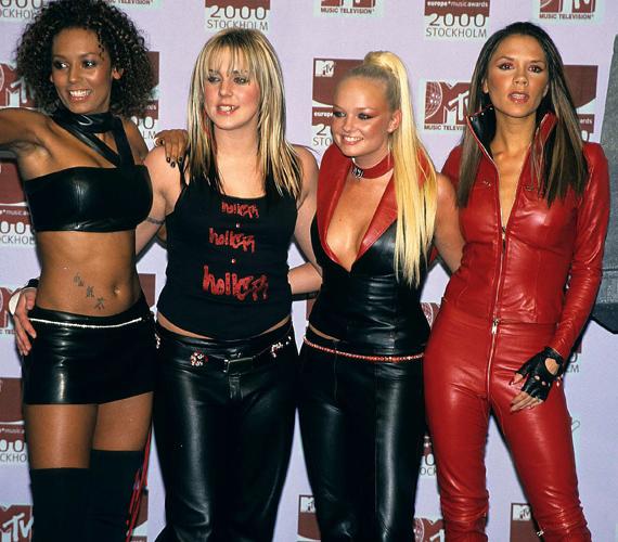 Fénykorukban több koncerten is előfordult, hogy mindannyian a bőrszerkót választották, ki-ki a maga stílusának megfelelően.
