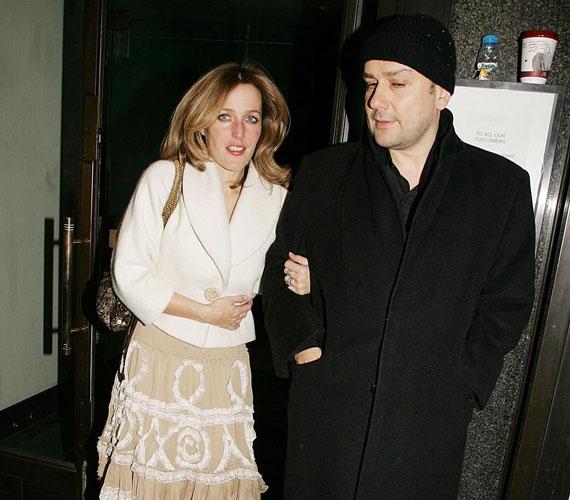 2004 decemberében ment feleségül Julian Ozanne dokumentumfilmeshez, kapcsolatuk azonban két évvel később véget ért.