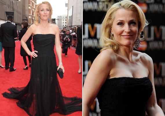 Gillian 2015 áprilisában az Olivier Theatre Awards gáláján ebben a gyönyörű fekete estélyiben pompázott. Nem csoda, hogy mindenki a színésznőt nézte!