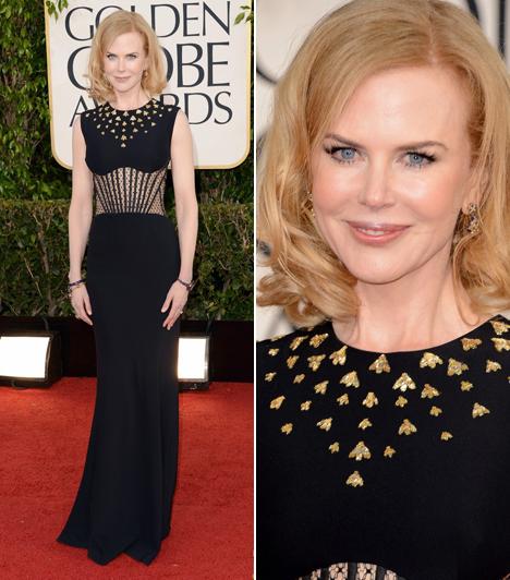 Nicole KidmanA színésznő Alexander McQueen egyik kreációját választotta. A mell alatt egy csipkeberakás tette még szexisebbé az összhatást.