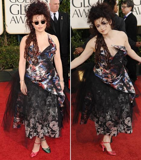 Helena Bonham Carter - 2011A színésznő sajátos stílusával sokakat sokkolt már az évek során, de ezzel a Vivienne Westwood ruhával végképp kivágta a biztosítékot, amit ráadásul felemás cipővel viselt a 2011-es Golden Globe-on.