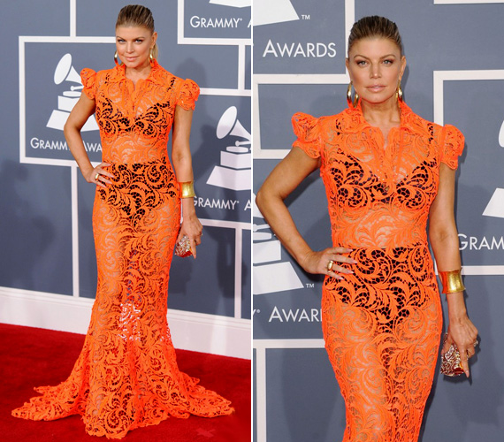 A Black Eyed Peas 36 éves énekesnője teljesen átlátszó, narancssárga Jean Paul Gaultier ruhát viselt, amiben nagyon közönségesen festett.