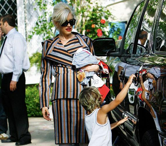 Gwen Stefani a jelek szerint liberális szülő, hiszen szinte bármit megenged kisfiának.
