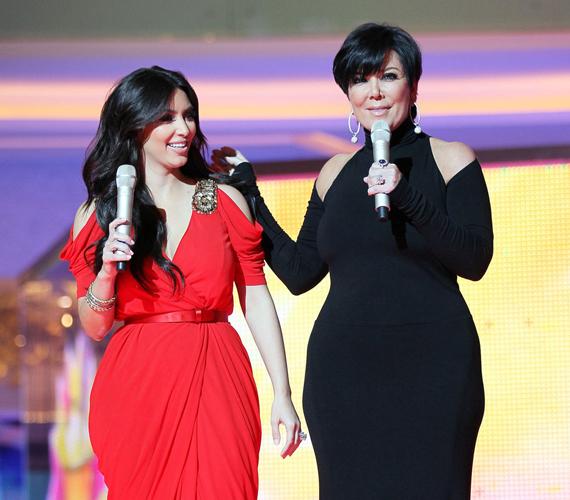 Az amerikai valóságshow két sztárja, anya és lánya, Kris Jenner és Kim Kardashian egymást követő helyen, a 10. és a 11. helyen végzett.