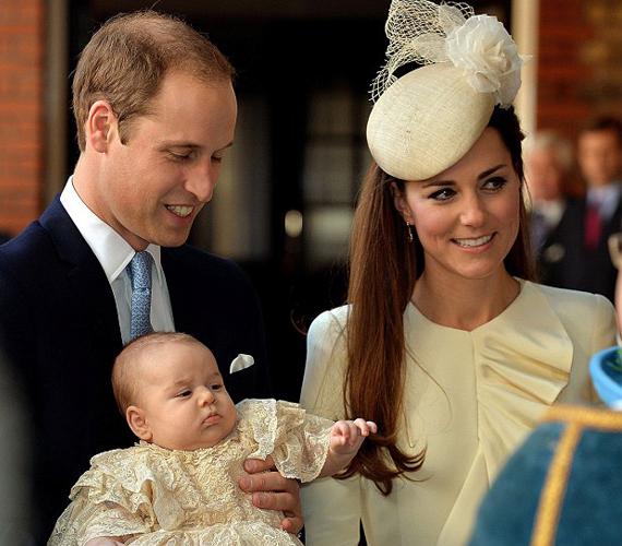 György herceg már születése óta a britek kedvence és valóban ennivaló csöppség.