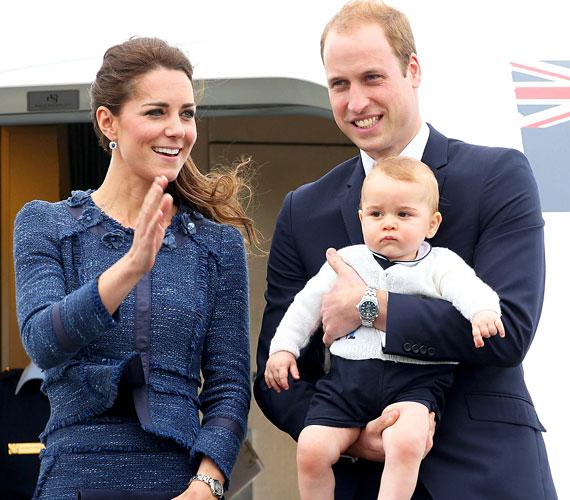 A hercegcsemete elegáns kisnadrágban és ingben érkezett meg Új-Zélandra 2014 áprilisában, éppen egy éve.