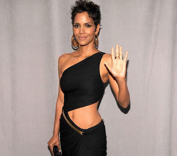 A színésznőnek nemrégiben sikerült pontot tennie exével, a modell Gabriel Aubryval való gyermekelhelyezési vitájának végére is.