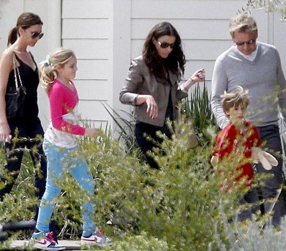 A Beckham család a sztárséf Gordon Ramsay-el és családjával töltötte az ünnepet.