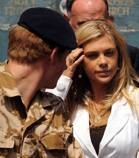 Se vele, se nélküle  A vadóc herceg szerelmi életét nagy érdeklődés kíséri, főleg mióta 2011 júniusában végleg szakított a zimbabwei milliomos csemetével, Chelsy Davy-vel.  Kapcsolódó cikk: Nem csoda, ha Pippával flörtölt! Harry herceg barátnője igazán közönséges »