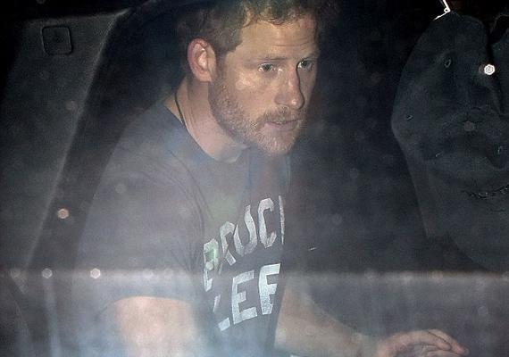Harry az eredményhirdetés után rögtön távozott. Mivel nagy támogatója az angol csapatnak, dühében meg sem állt az első kocsmáig.