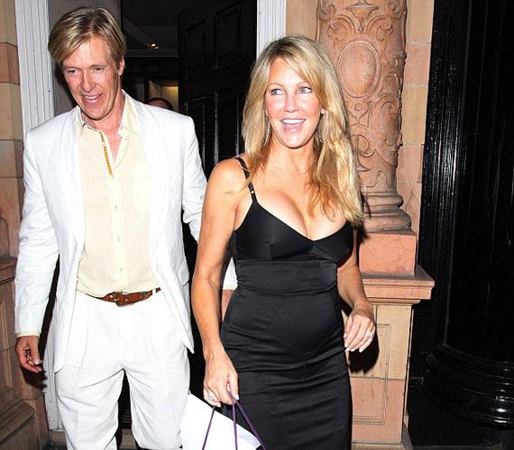 A vacsorára elkísérte kedvese, Jack Wagner is, akivel annak idején együtt játszott a Melrose Place-ben.