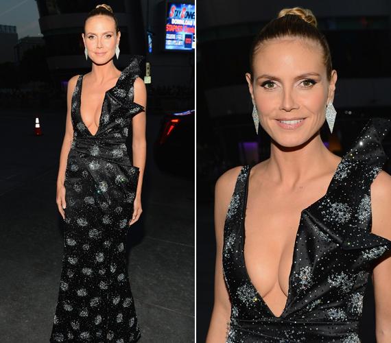 A People's Choice Awards-on merész ruhában jelent meg.