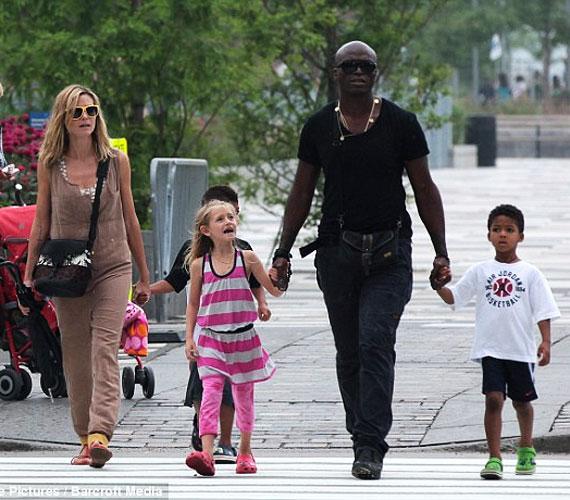 Heidi és Seal négy lurkót nevelnek, a hétéves Lenit, az ötéves Henryt, a négyéves Johant és a 18 hónapos Lout.