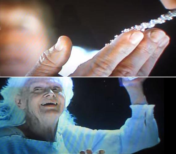 A Titanic eredeti, le is forgatott végjelenetében az öreg Rose nemcsak hogy bedobja az óceánba a gyémánt nyakéket, hanem egy szenvedélytől fűtött beszédet is tart a kincsvadász hajó legénységének. Úgy véli, eddig rossz helyen keresgéltek, mert az igazi kincs az élet maga, úgy kell élni, hogy minden napnak értéke legyen. Bár a Bill Paxton által játszott kutatásvezető egy pillanatra a tenyerébe veheti az ékszert, Rose visszaveszi tőle, és egy hanyag hátramozdulattal bedobja a vízbe. Hogy még drámaibb legyen a jelenet, Paxton hisztérikus nevetésbe kezd, mint aki felfogja, hogy eddig értelmetlen volt az egész élete. Szerencsére ennél sokkal letisztultabb és könnycsorgatóbb véggel került a film 1997-ben a mozikba: az öreg Rose magányosan odacsoszog a korláthoz, bedobja a nyakéket, aztán befekszik az ágyába, és meghal, hogy aztán találkozzon Jackkel a túlvilági Titanicon.