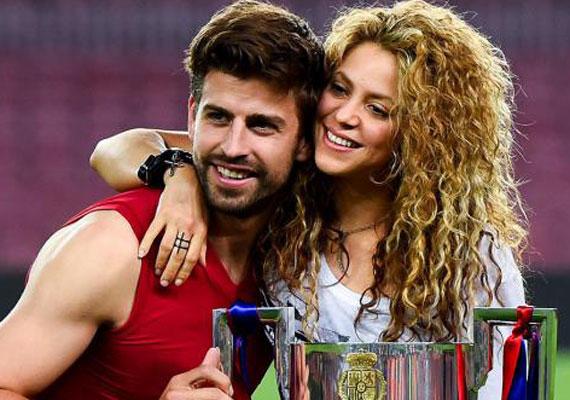 Shakira és tíz évvel fiatalabb labdarúgó férje, Piqué 2010 óta élnek nagy boldogságban egymás mellett. A sztárpárnak két kisfia van: a hároméves Milan és az egyéves Sasha Piqué Mebarak.