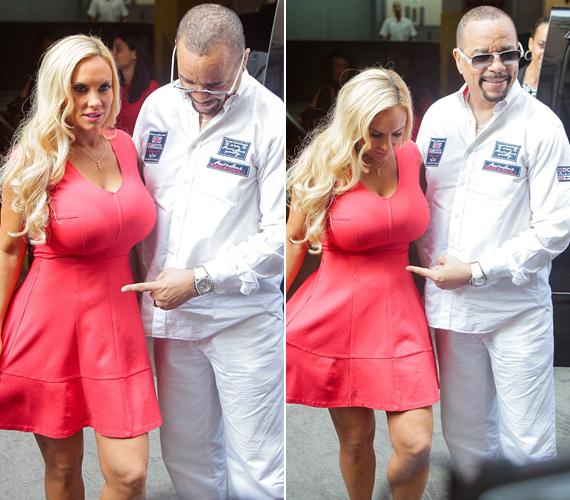 Coco Austin ebben a feszülős, korallszínű ruhában állt a fotósok elé tegnap délután New Yorkban. Még nem igazán látszik rajta a terhesség, Ice-T talán ezért kezdett ujjal mutogatni felesége hasára.