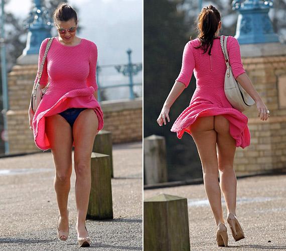Nem szégyenlős típus: úgy tűnik, nem zavartatta magát a rakoncátlan szoknya miatt.